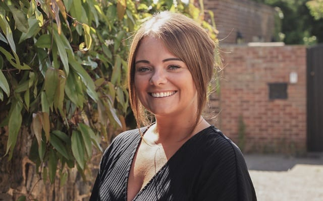 Amie Hodgson, Senior Sales Negotiator